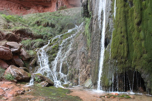 grand canyon hike ribbon falls 2