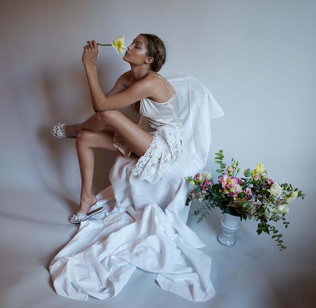 Джиджи Хадид — Фотосессия для «Vogue» DE 2016 – 15