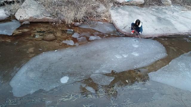 시골집풍경 | 너럭바위에 얼음고래가 산다!