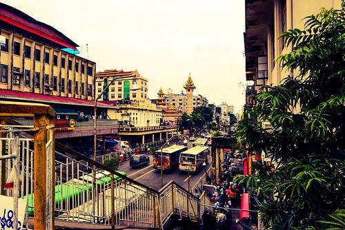 DSC_6182_edited.jpgYangon traffic Myanmar