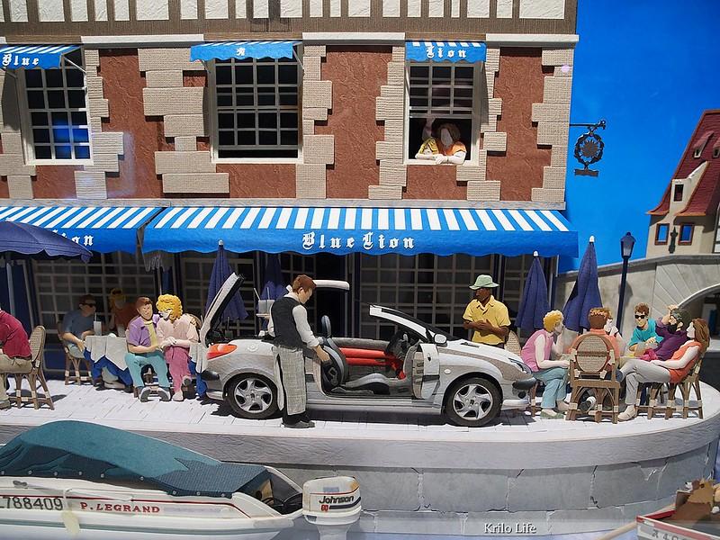 海邊咖啡廳。寶獅 206