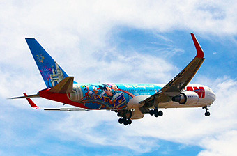 TAM B767-300ER Avion de los Sueños (LATAM Airlines)