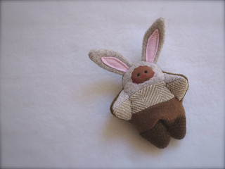 Scrappy BUNNY: Tan/Brown - brown