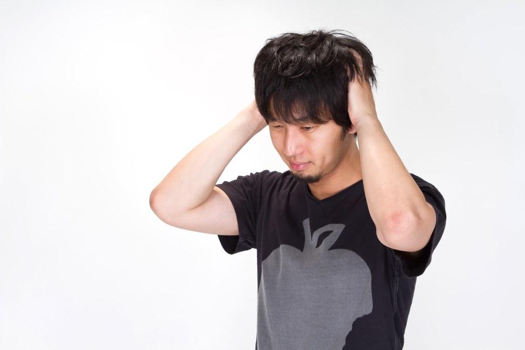 N912_atamawokakimushiru
