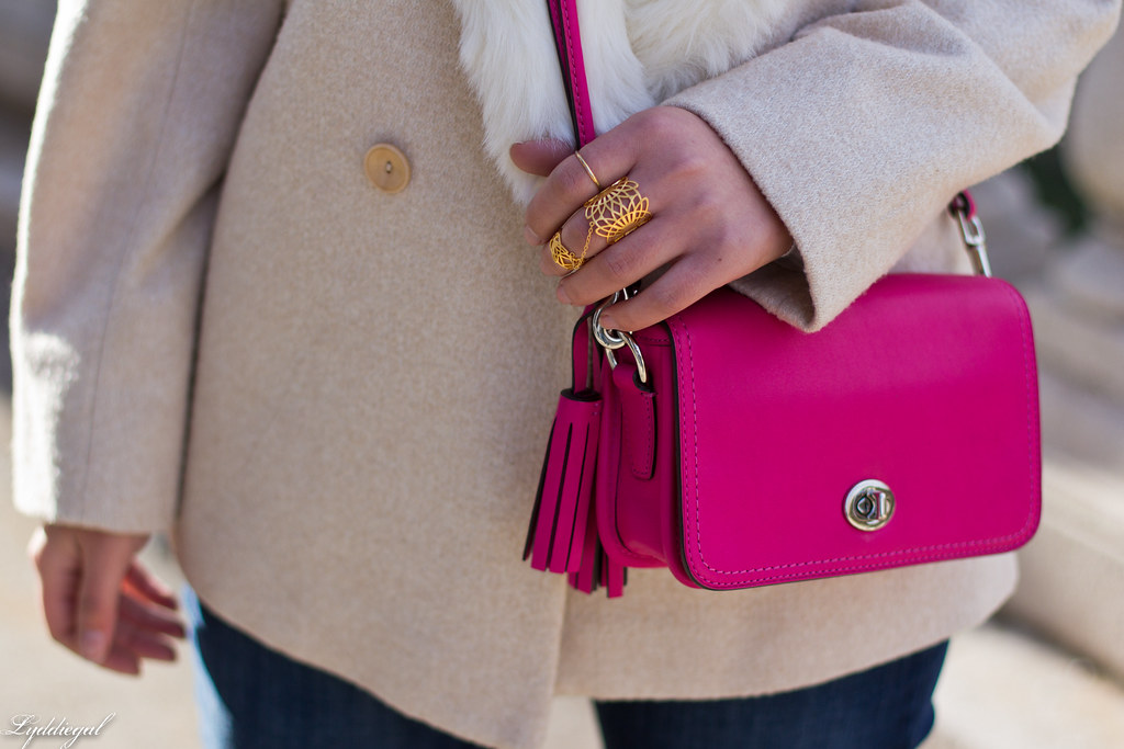 grey sweater, cream fur collar coat, black boots, pink bag-5.jpg