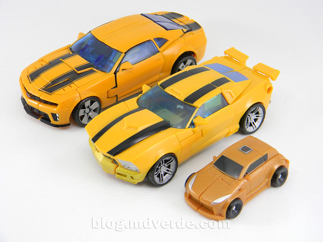 Transformers Bumblebee Goldbug Deluxe - Generations Takara - modo alterno vs Bumblebee RotF vs Goldbug Legends