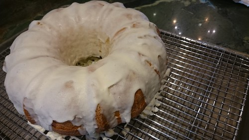 Old Fashioned Lemon Bundt Cake