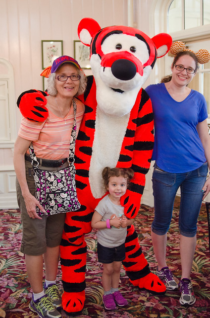 20160415-Disney-Vacation-Magic-Kingdom-Day-1-Tigger-0887