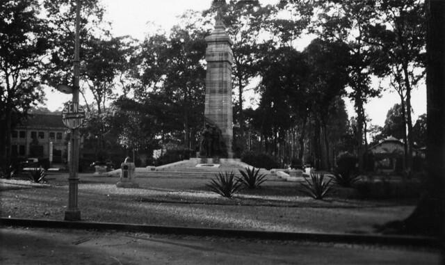 Saigon 1938-39 - Le Monument aux Morts - Công trường Chiến sĩ