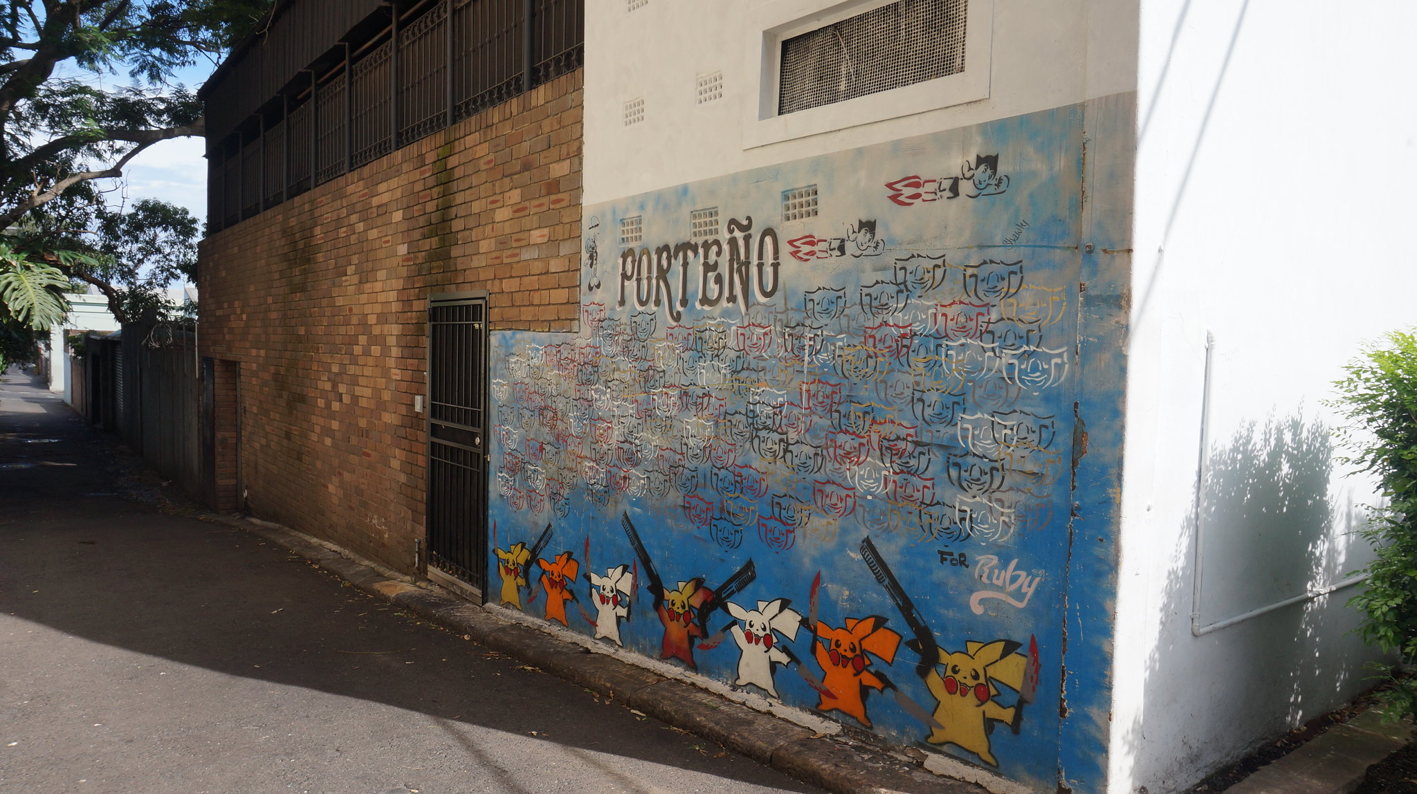 Pokemon and Porteno