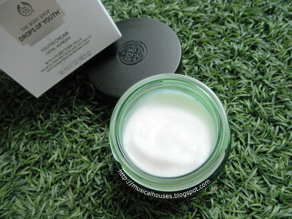 The Body Shop Drops of Youth Cream Pot