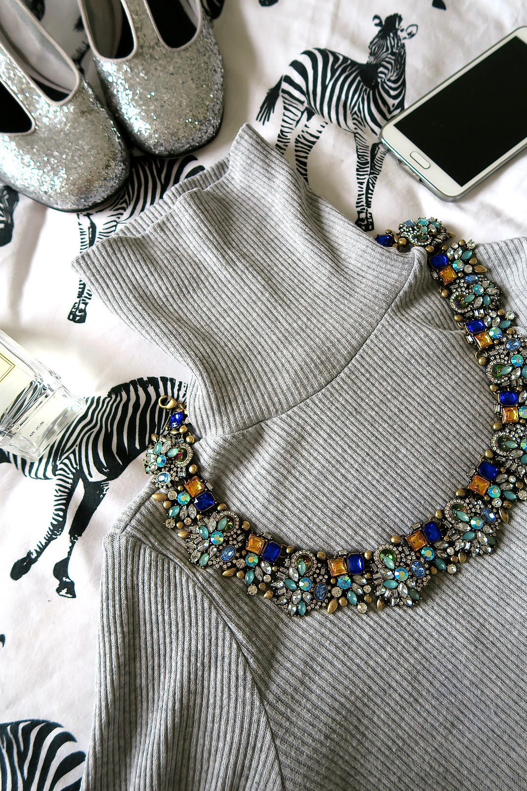 uk fashion lifestyle blogger happiness boutique necklace gems jewels