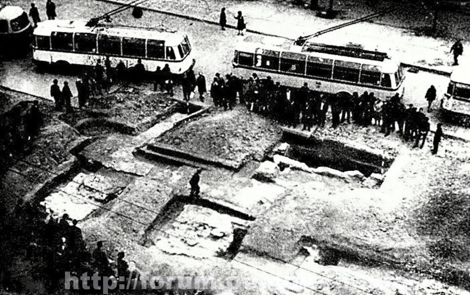 Funtatia turnului Coltei -1970