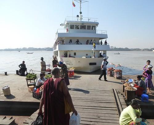 Birmanie-Yangon-Dalaw-Ferry (2)
