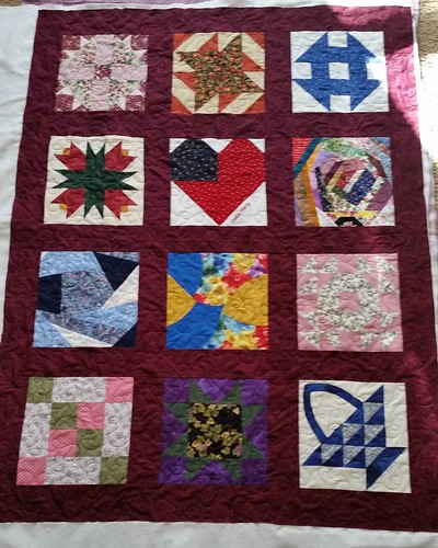 Mom's friendship quilt was also quilted today. Lots of binding to get done this week.