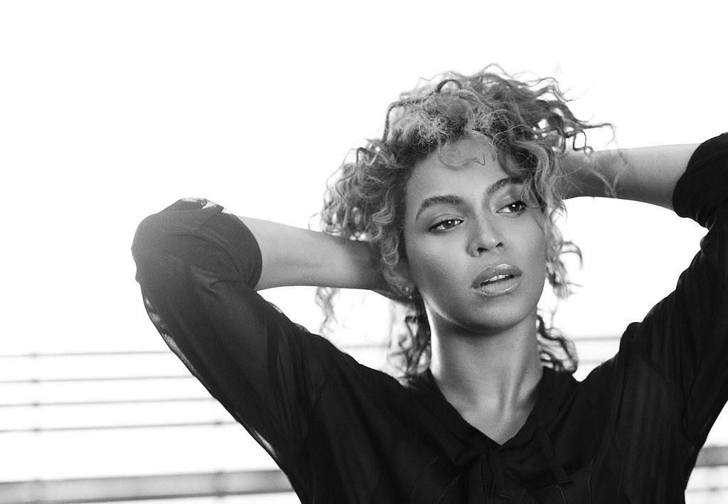 Бейонсе — Фотосессия для «Elle» 2016 – 8