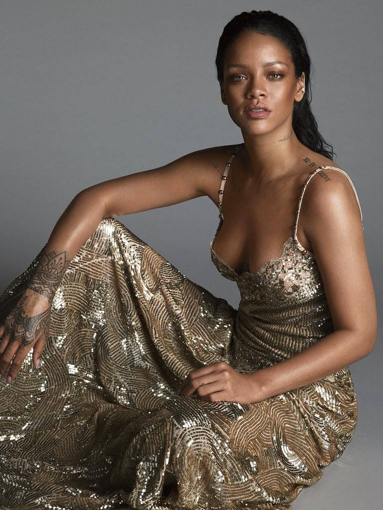 Рианна — Фотосессия для «Vogue» 2016 – 4