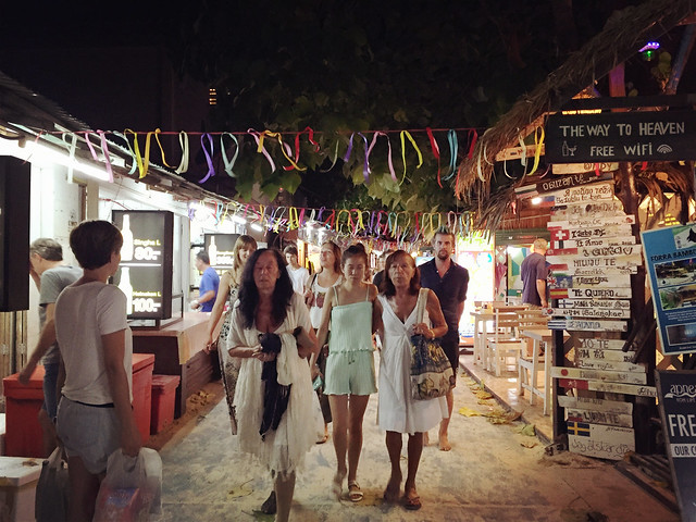 Walking Street, Koh Lipe