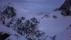 Szczyt Piz Sella 3500m, lodowiec Vedretta di Scerscen Superiore z przełęczy Passo Marinelli Occidentale 3022m.