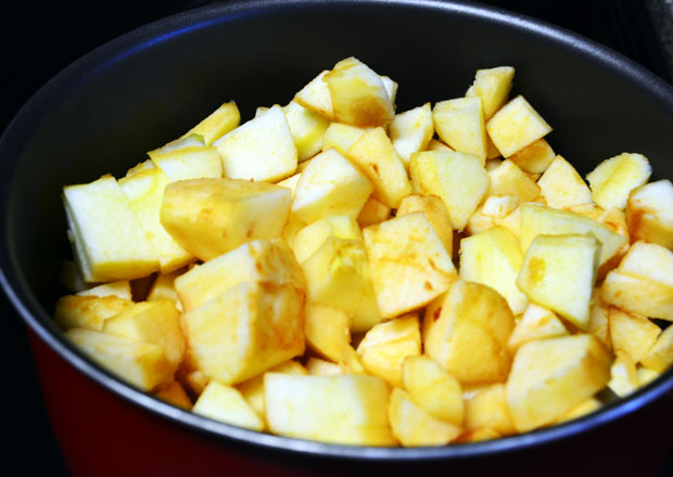 Apple sauce Recipe - Step1