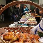 Torten- und Kuchenbuffet beim Kathreinenball am 21.11.2015 im St. Peter und Paul Gemeindezentrum