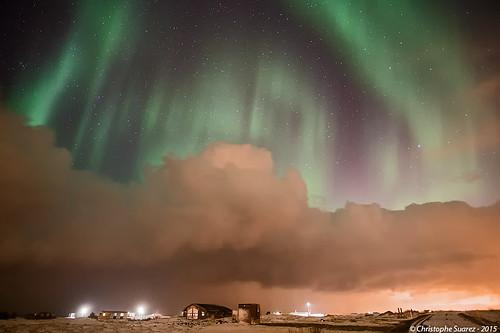 Aurore boréale et ligne de grain en Islande