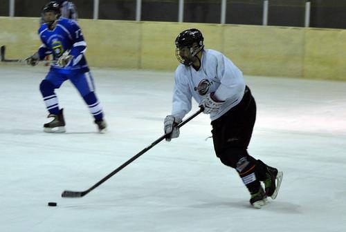 Рівненські хокеїсти розпочали чемпіонат з перемог