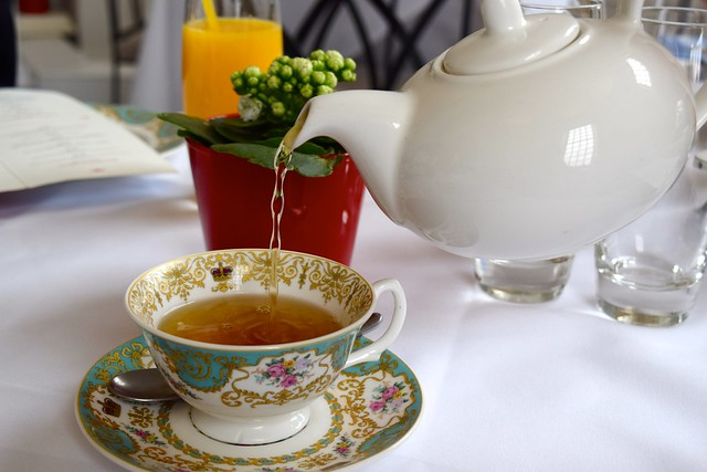 Spearmint Tea at The Orangery, Kensington Palace | www.rachelphipps.com @rachelphipps