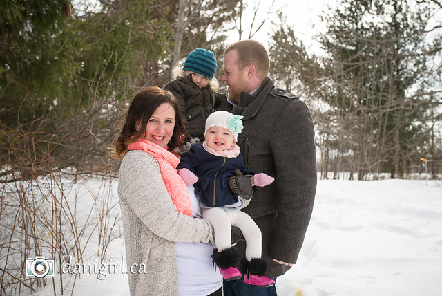Candid, fun family snow portraits by Ottawa photographer Danielle Donders