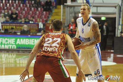 Reyer - Zenit: Janis Timma vs Jeff Viggiano