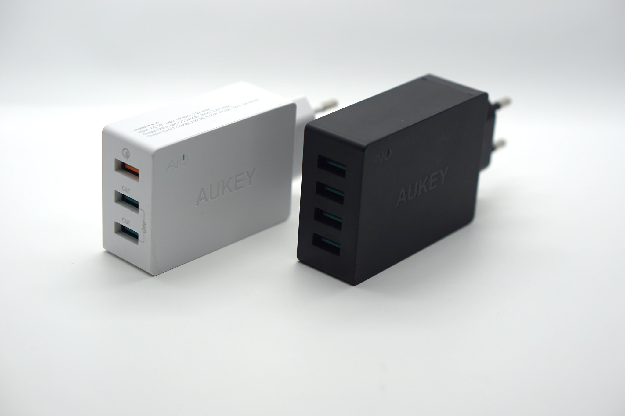Chargeurs USB Aukey