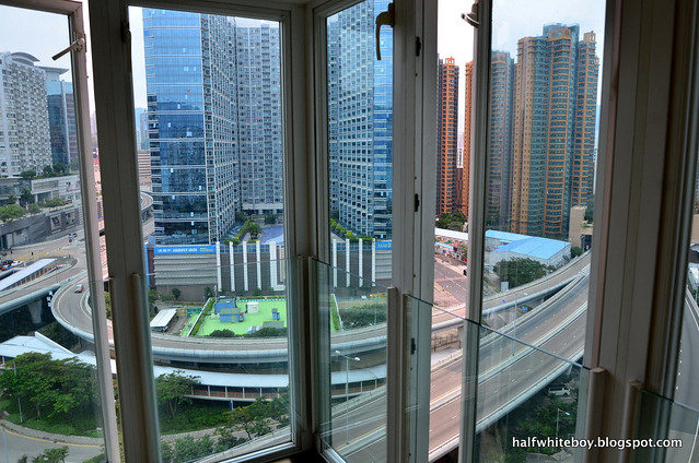 kowloon harbourfront hotel 11