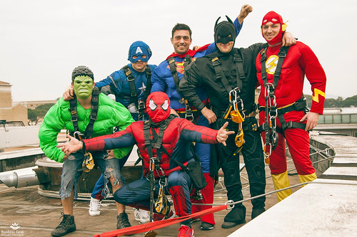 I supereroi acrobatici arrivano in ospedale