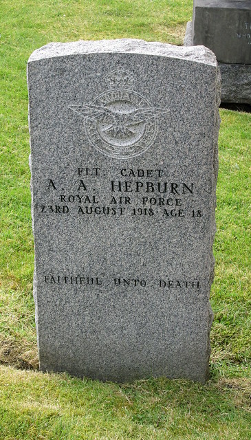 War Grave, Dunfermline Abbey Church