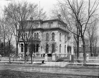 Residence of Mrs. Georgina Perley, 415 Wellington Street, Ottawa, Ontario / Résidence de Mme Georgina Perley, 415, rue Wellington, Ottawa (Ontario)