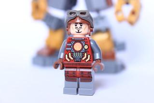 [MOC] Hulkbuster Steampunk 25828716233_351ec8d5e6_n