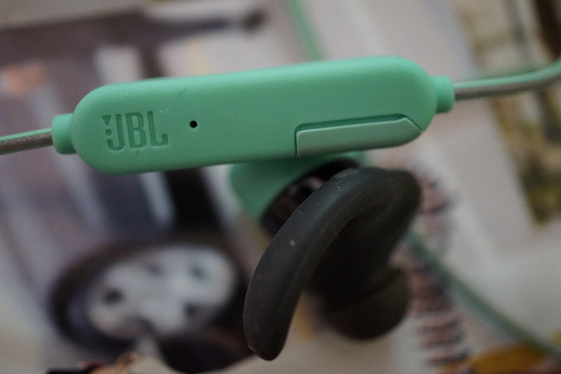 JBL Reflect Mini BT