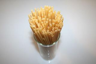 01 - Zutat Makkaroni / Ingredient macaroni