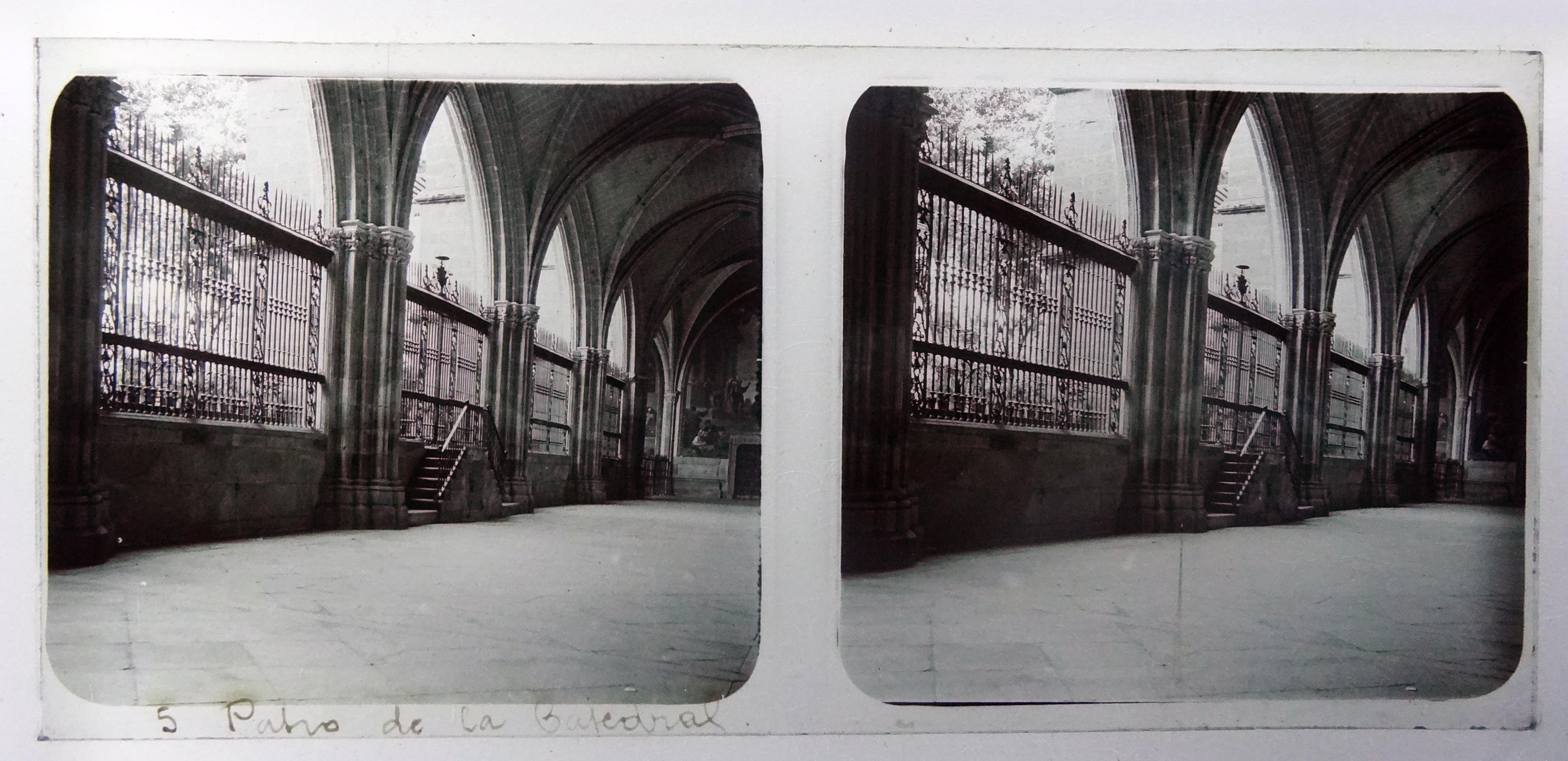 Claustro de la Catedral. Fotografía de Francisco Rodríguez Avial hacia 1910 © Herederos de Francisco Rodríguez Avial