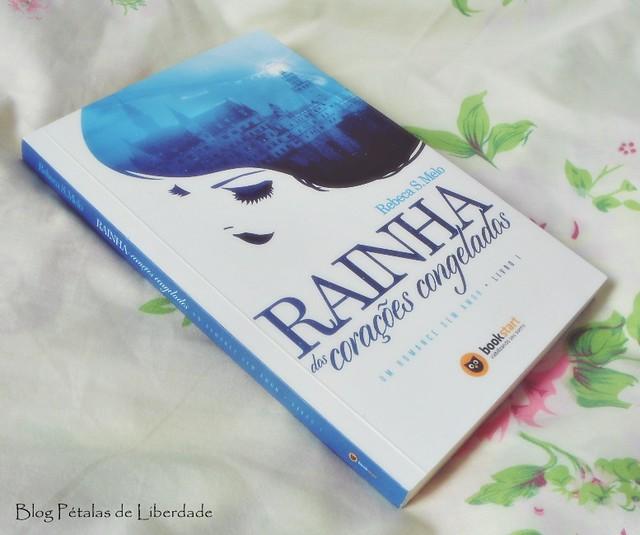livro Rainha dos corações congelados, Rebeca S. Melo