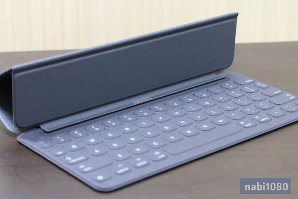 iPad Pro 9.7 Smart Keyboard11