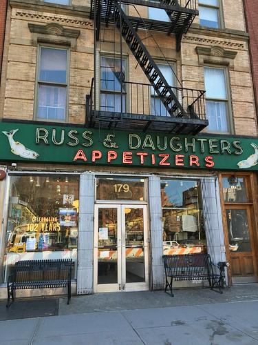 Russ & Daughtersのベーグルサンド