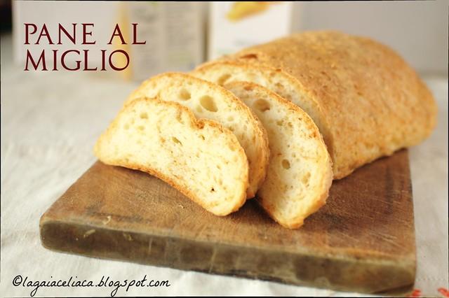 Pane al miglio senza glutine / Gluten free millet bread