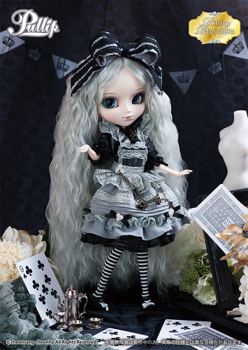Monochrome Romantic Alice