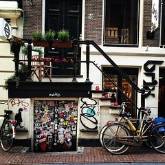 so much to look at. #amsterdam