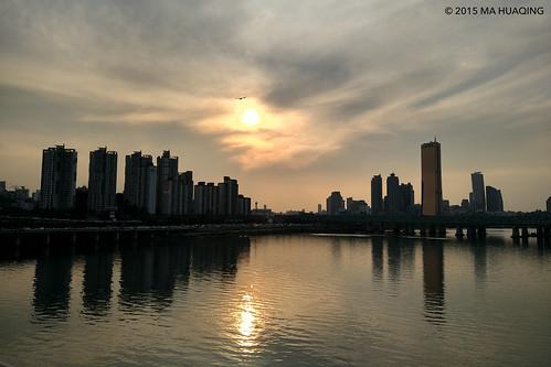 sunset sky clouds river cloudy seoul southkorea 韩国 日落 rok 서울 한강 일몰 2015 摄影 xiaomi 9월 태양 hangang mobilephotography 경치 汉江 minote 일말 mahuaqingphotography