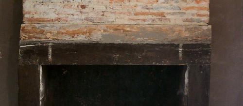 Mantlepiece marks