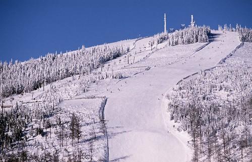 Zalyžujte si ve Skiareálu ŠPINDLERŮV MLÝN během zimní sezony 2015/16!