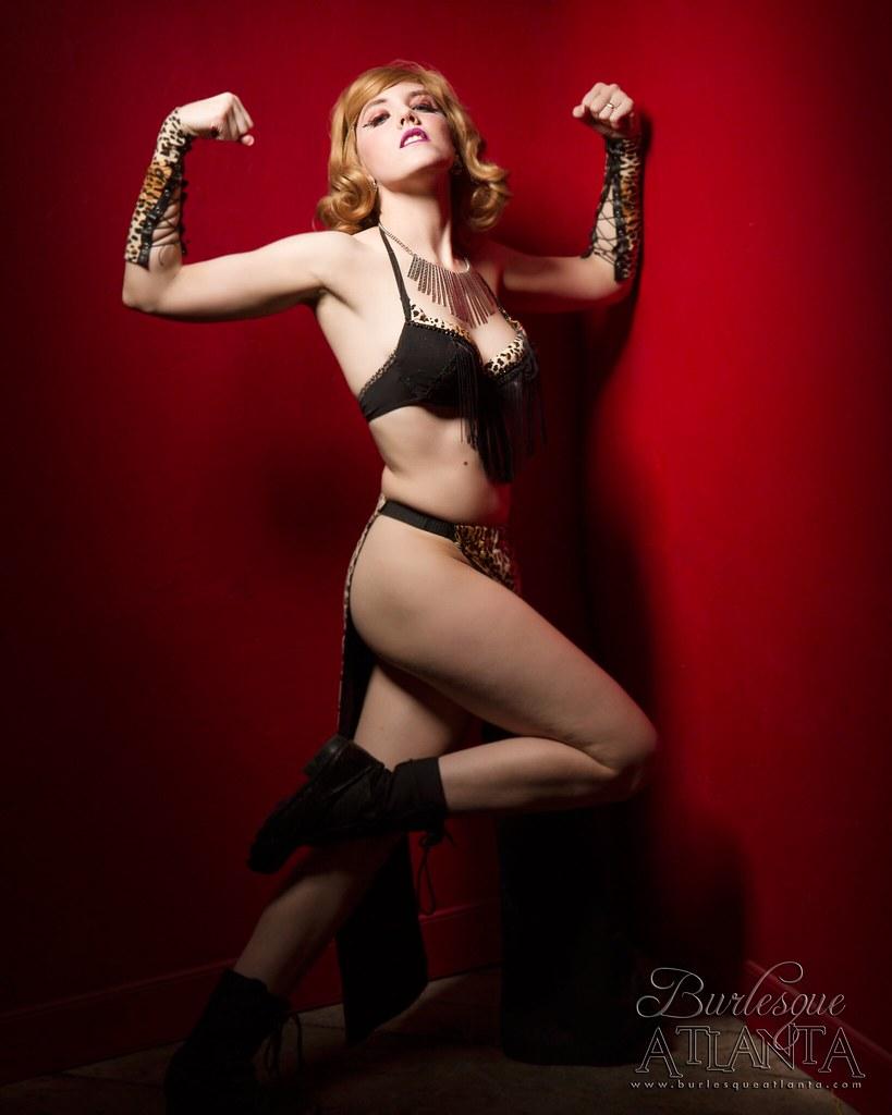 Coquette de Jour Nude Photos 32