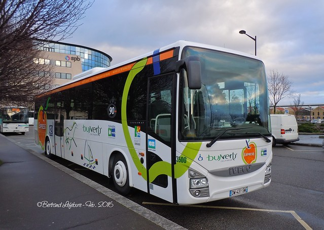 Photos des Courriers Normands et Bus Verts - Page 4 24811397575_66626979c8_z